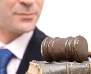 articleImage: Ile zarabia ławnik sądowy?
