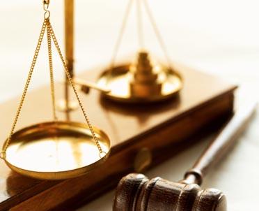 articleImage: Z braku ustawy na sądy spadł trud reprywatyzacji