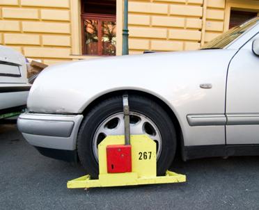 articleImage: WSA: stawki za odholowanie aut w Warszawie ustalone niezgodnie z prawem