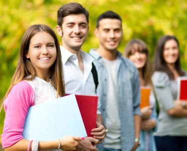 articleImage: Umowa z uczelnią korzystniejsza dla studenta