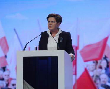 articleImage: Premier: w klubie PiS nie wszyscy są entuzjastami reformy zaproponowanej przez Gowina