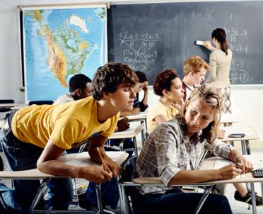 articleImage: Eksperci: trzeba przeciwdziałać szybkiemu kończeniu nauki przez młodzież