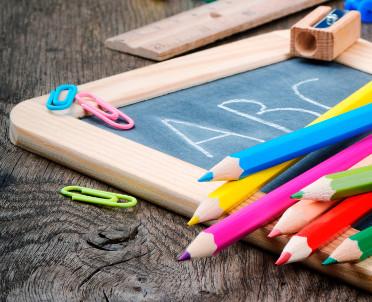 articleImage: Jakie kwalifikacje musi posiadać nauczyciel, żeby uczyć plastyki w szkole ponadpodstawowej od września 2019 roku?