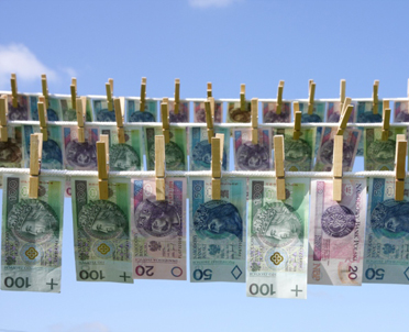 articleImage: UE wprowadza nowe przepisy o karach za pranie pieniędzy
