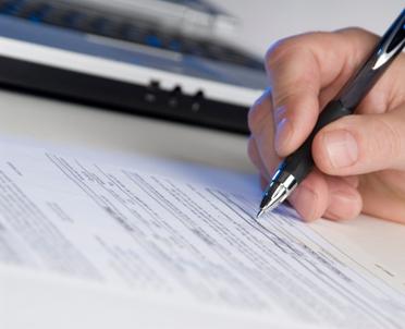 articleImage: Fakturę zaliczkową za lokal rozliczamy w pozycjach 41 oraz 42 deklaracji VAT-7K