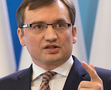 articleImage: Minister ma zaufanie do prezes krakowskiego SO