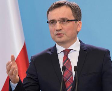 articleImage: Zbigniew Ziobro poucza prezydenta i chce mu pomagać