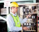 Obrazek do artykułu: Środki ochrony indywidualnej z datą kolejnego przeglądu technicznego