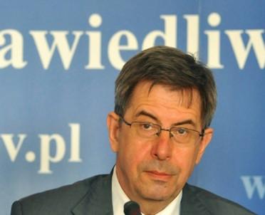 articleImage: Andrzej Zoll: przepis o klauzuli sumienia wymaga zmiany