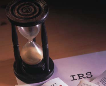 articleImage: W jaki sposób główny księgowy może zupełnie zwolnić się od odpowiedzialności pracowniczej, karno-skarbowej i wynikającej z ustawy o rachunkowości?