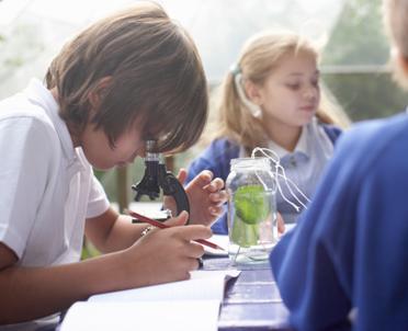 articleImage: Zwrot kosztów przejazdu nauczyciela sprawującego opiekę nad uczniami w trakcie wyjazdu na zawody i konkursy szkolne