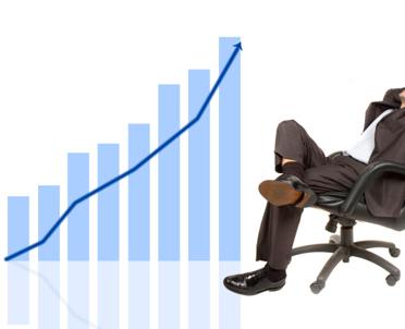 articleImage: Ekonomiści: nadwyżkę powinno się zachować na gorsze czasy