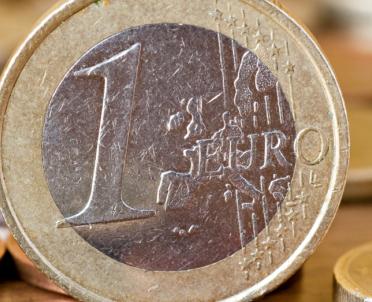 articleImage: Jak należy wycenić podatkowo kredyt zaciągnięty w euro na nasz rachunek w euro?