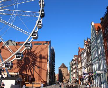 articleImage: Lokalne stowarzyszenie zarzuca samorządowi Gdańska promowanie środowisk LGBT