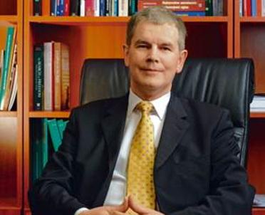 articleImage: Prof. Błoński: aplikacje prawnicze mogą być przeniesione na wyższe uczelnie