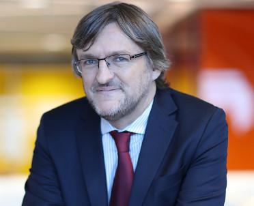 articleImage: Dr Mednis: zakazane będą zautomatyzowane decyzje