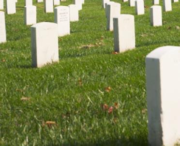articleImage: Ustawa o cmentarzach i chowaniu zmarłych - klasyfikacja opłat za miejsca grzebalne