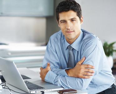 articleImage: Dla przeważającej części firm głównym źródłem wiedzy jest internet