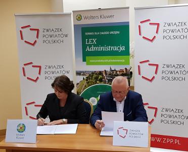 articleImage: Rozpoczynamy współpracę ze Związkiem Powiatów Polskich
