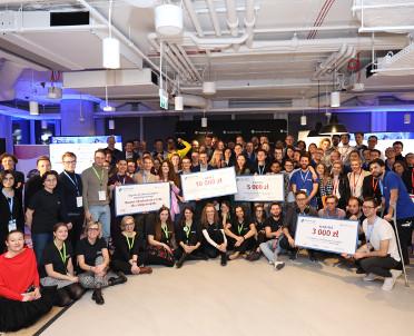 articleImage: Znamy zwycięzców Global Legal Hackathon 2020!