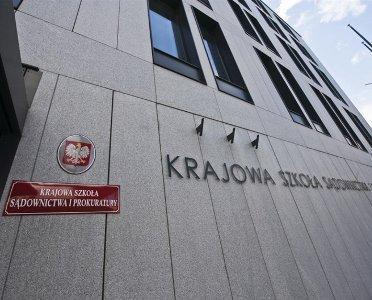 articleImage: KSSiP weryfikuje wyniki egzaminów