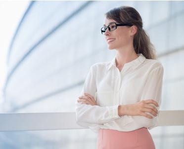articleImage: Czy można zrefundować okulary, które pracownik kupił przed podjęciem pracy?