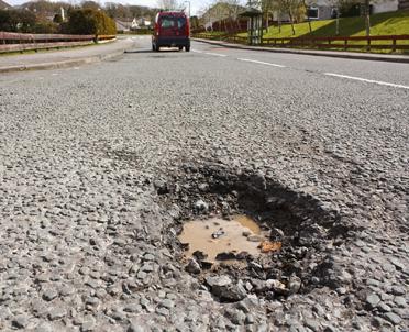articleImage: Sąd: powiat choć mógł, nie usunął zagrożenia na drodze